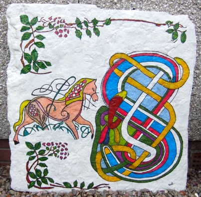 Celtic 'S' with 'horse' celtic animal sign